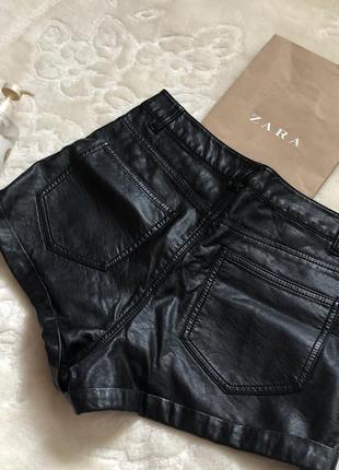 Кожаные шорты h&m2 фото