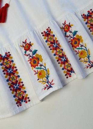 Красивая белая блуза с вышивкой хлопок3 фото