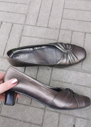 Кожаные туфли фирмы hotter, 39 размер (в носок 26см)
