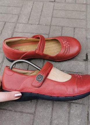Кожаные туфли clarks,  38.5см 25 см стелька, идеально на ногу 24.5,