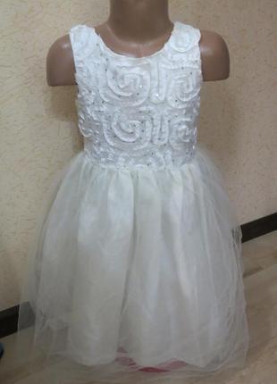 Нарядное нежное платье крем. паетки. фатин jayne copeland 7-9 лет