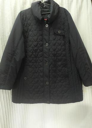 Демисезонная стеганная куртка большого размера