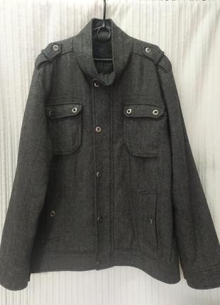 Демисезонная полушерстяная куртка из драпа