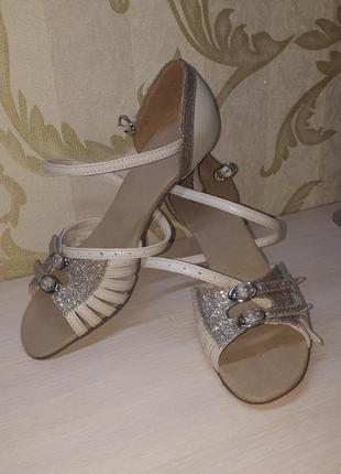 Туфли танцевальные латина