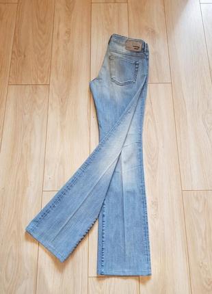 Женские джинсы diesel . новые