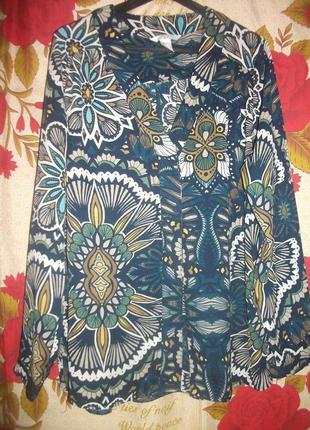 Легкая блузка в цветы