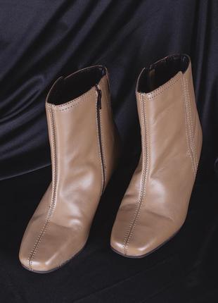 Винтажные сапожки с квадратным носком, демисезонные сапоги на низком каблуке