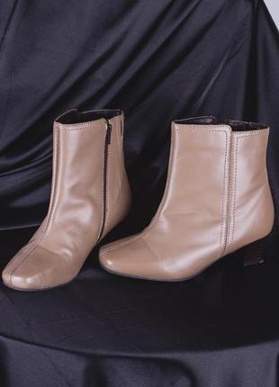 Винтажные сапожки с квадратным носком, демисезонные сапоги на низком каблуке3 фото