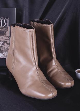 Винтажные сапожки с квадратным носком, демисезонные сапоги на низком каблуке2 фото