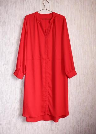 Червоне плаття-сорочка міді