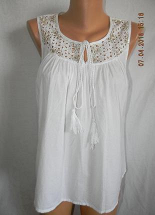 Белая натуральная блуза с вышивкой tu