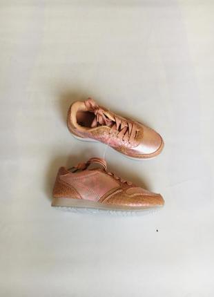 Красивые кроссовки на девочку размер 313 фото