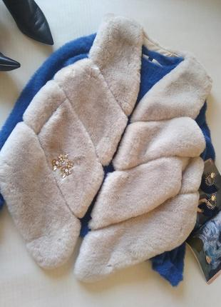 Классная жилетка из эко -меха