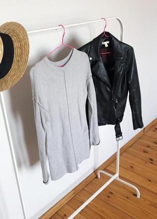 Стильный длинный джемпер свитер в рубчик от primark. р-р xs