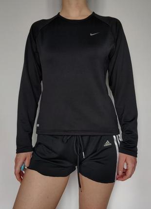 Черная спортивная кофта от nike, кофта для занятий спортом, спортивная форма