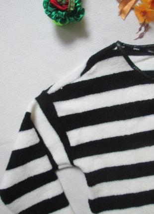 Крутой трендовый укороченный свитер кроп-свитшот оверсайз в широкую полоску only.5 фото