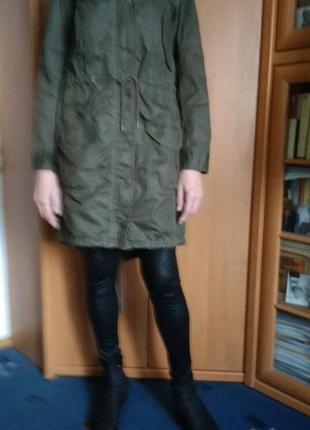 Фирменная женская куртка парка хаки оригинал levis