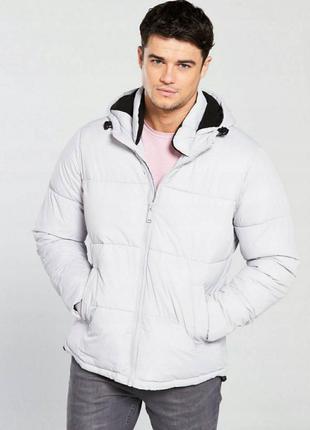 Новая отличная мужская куртка