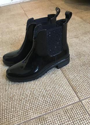 Резиновые ботиночки rieker