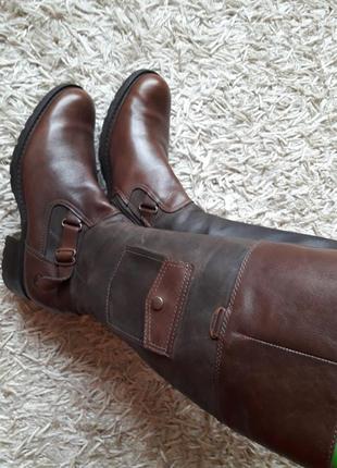 Брендовые кожаные сапоги,деми,3 фото