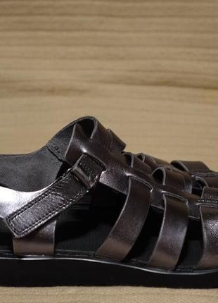 Легкие мягкие фирменные кожаные босоножки серебристого цвета ecco дания 7.