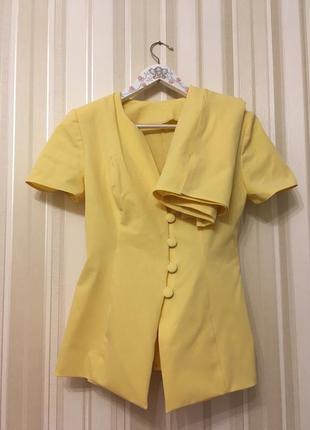 Желтый стрейч костюм/жакет/юбка размер s-m