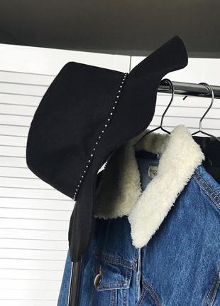 Фетрова шляпка