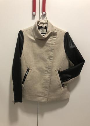 Шерстяное пальто косуха кожанка bershka