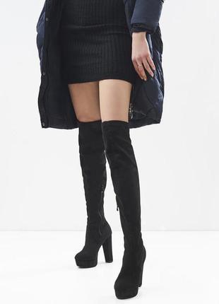 Новые шикарные женские черные демисезонные сапоги ботфорты на высоком каблуке