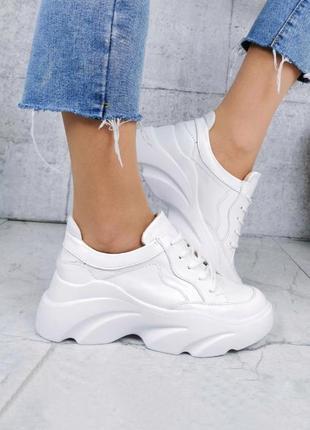 Крутые кроссовки из натуральной кожи lux качества белого цвета на платформе