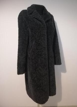 Стильная плюшевая шубка /пальто