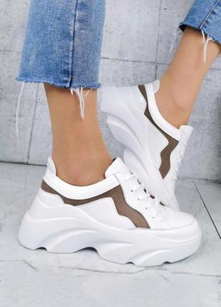 Крутые кроссовки из натуральной кожи и замши lux качества белого цвета на платформе