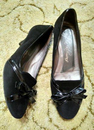 Женские замшевые туфли на небольшом каблуке sylvia klemens (испания)