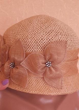 Летняя шляпа шляпка в оригинальном исполнении италия.