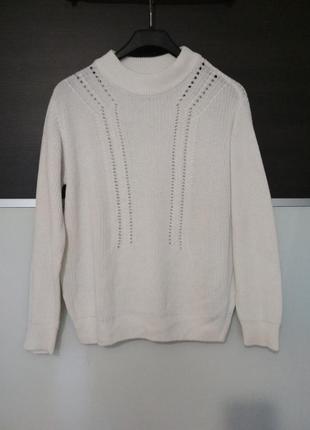 Классный белый свитер оверсайз