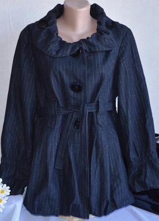 Брендовое черное шерстяное демисезонное легкое пальто с поясом guray румыния