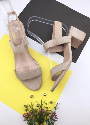 Женские босоножки под замшу на толстом каблуке от h&m