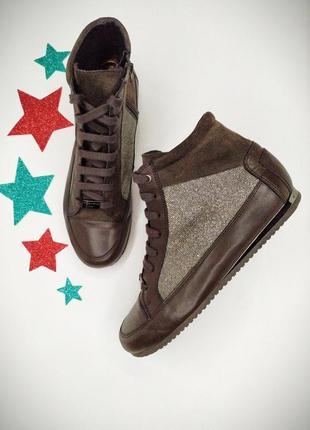 Кожаные класные ботиночки