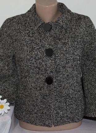 Брендовое демисезонное пальто полупальто пиджак с карманами fenn wright manson шерсть