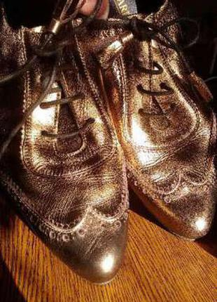 Экслюзивные,шикарные туфли французкого бренда san marina
