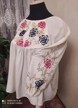 Обалденная вискозная  блуза-вышиванка, фирма tu, размер18-24, пог-62