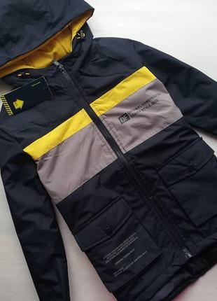 Стильная весенняя курточка