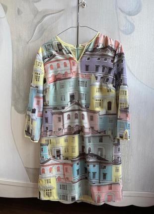 Платье ted baker с принтом цветных зданий