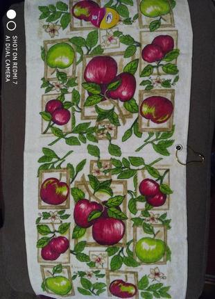Кухонные полотенца с держателем
