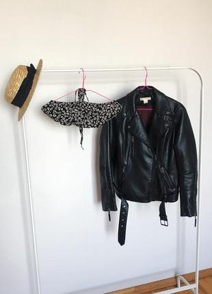 Чёрный топ на завязка с ромашками от forever 21. р-р l2 фото