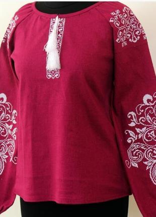 Вышитая блуза из 100 % льна
