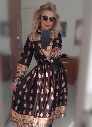 Моднейшее платье,, с огурцами,, италия 2020