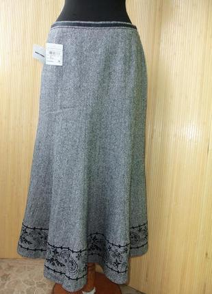 Шерстяная тёплая юбка  колокол с шелковой подкладкой  и вышивкой gerry weber3