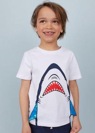 Футболка акула
