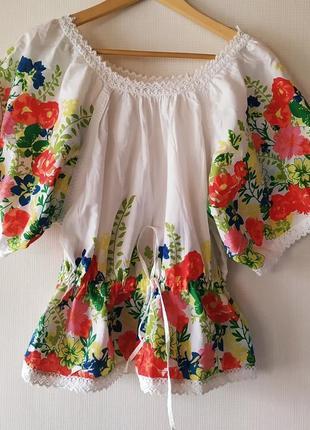 Блуза цветами